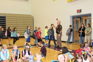 Sheriff Norman Chaffins Encourages Caneyville Students