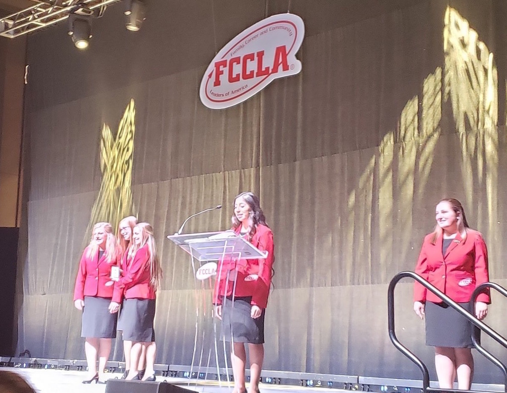 Chloe Cox FCCLA Stage
